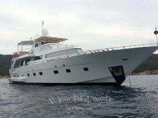 Heesen Yachts 83 aqua virgin