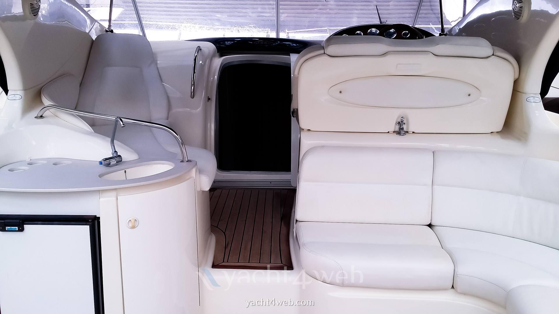 Atlantis Gobbi 345 motor boat