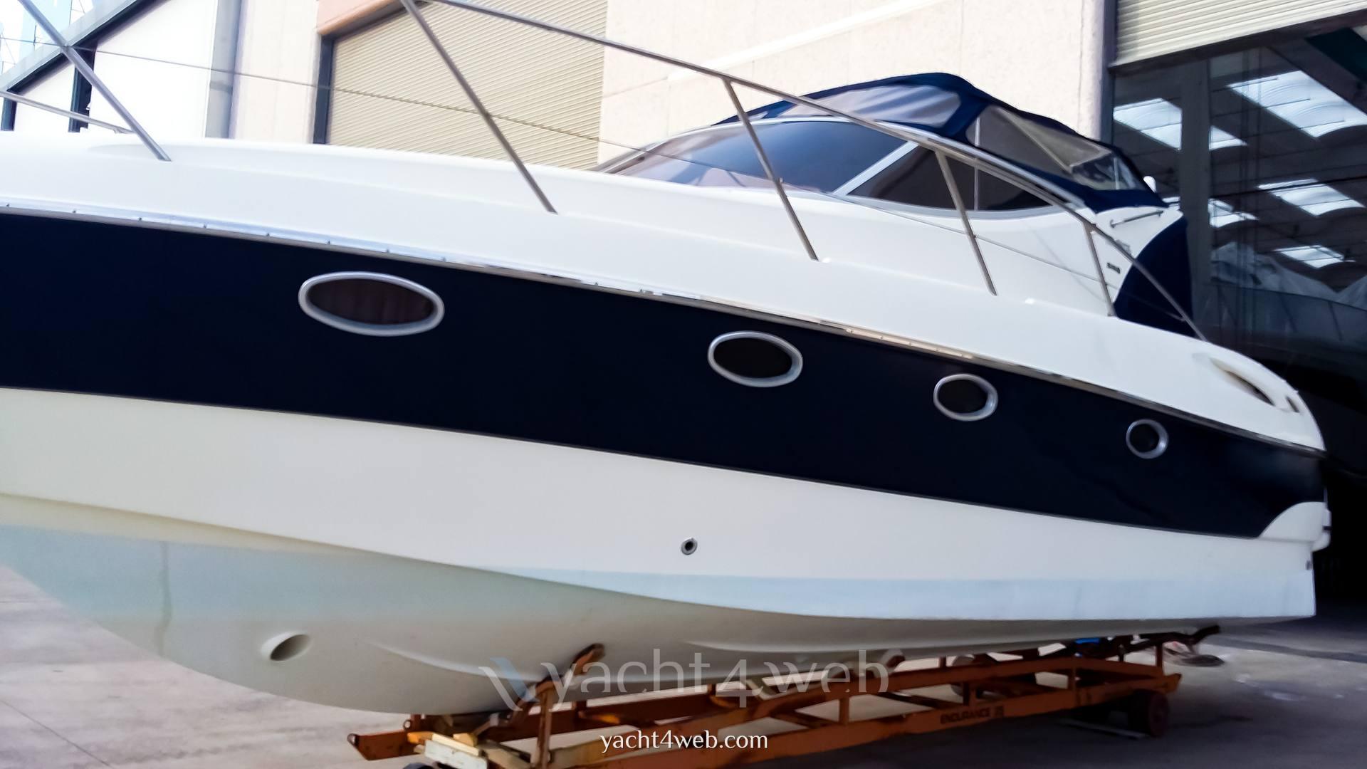 Atlantis Gobbi 345 Motor boat used for sale