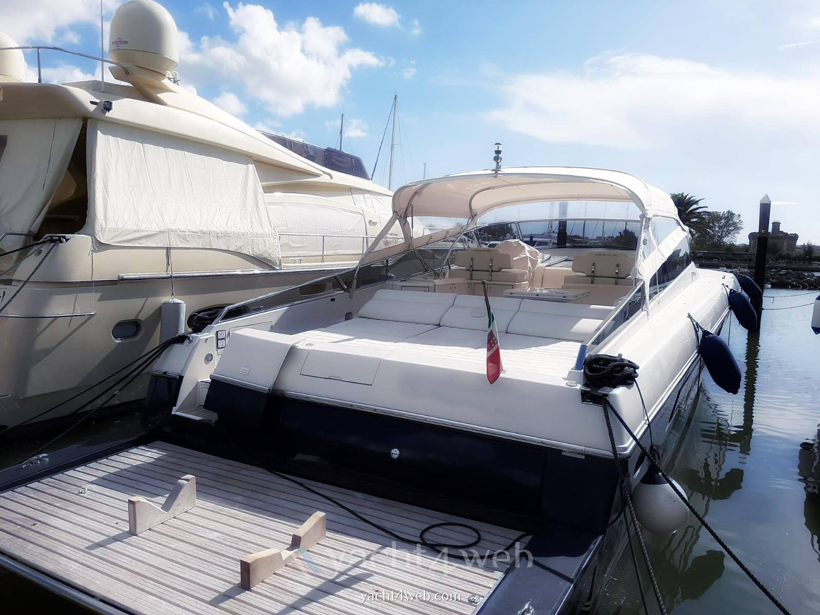 Itama 62 Motor boat used for sale