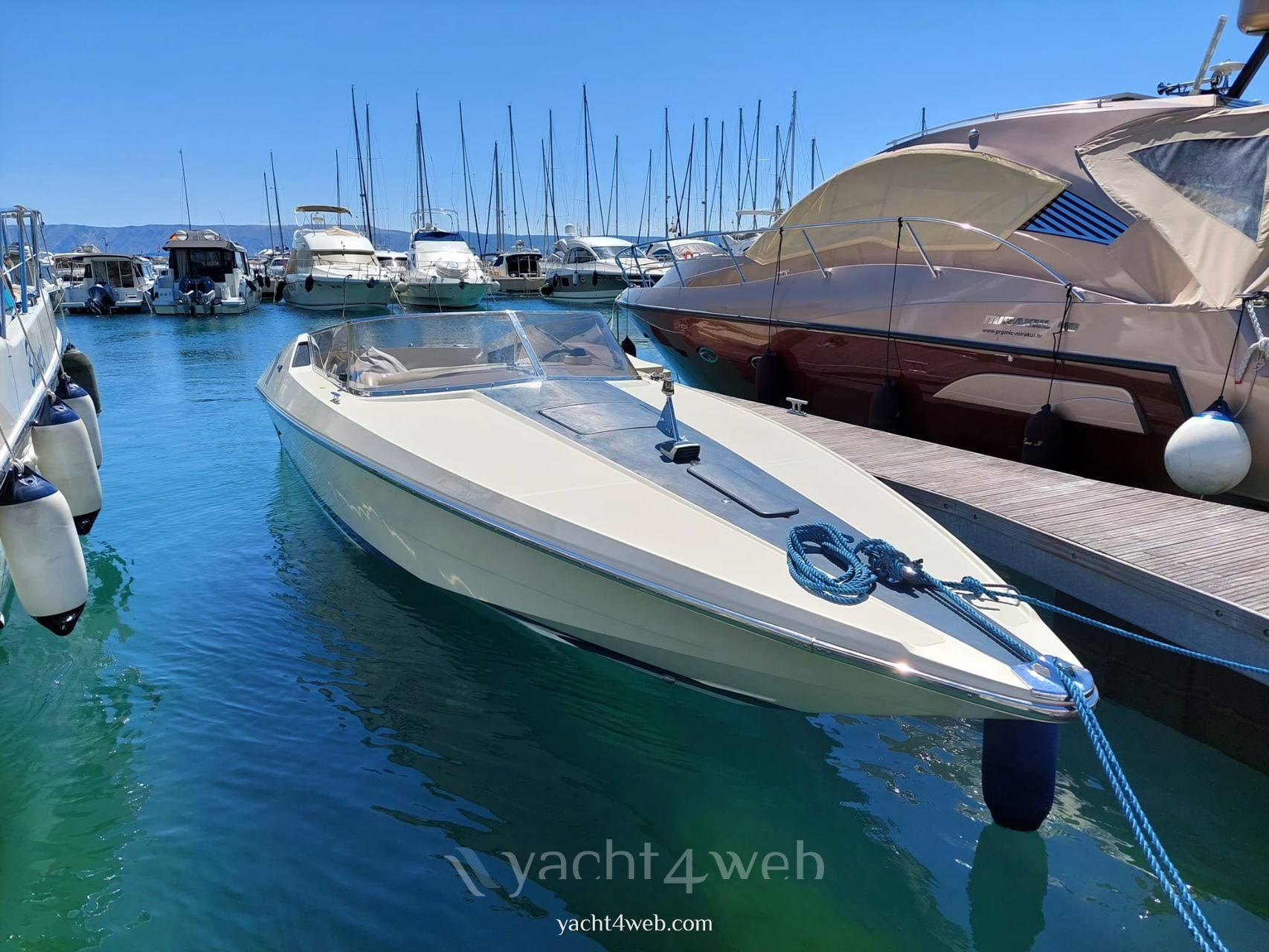 Riva Saint tropez Barca a motore usata in vendita