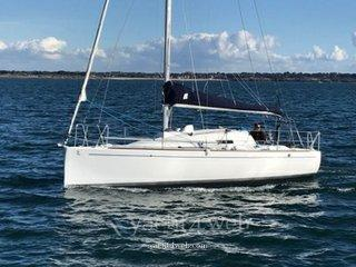 Beneteau First 27.7 lifting keel