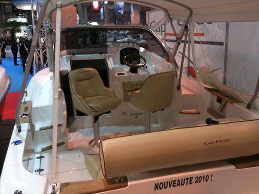 B2 marine B2 marine Cap ferret 652 cc