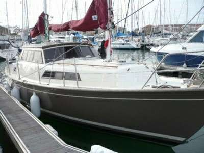 beneteau evasion 32 moteur bateau occasion. Black Bedroom Furniture Sets. Home Design Ideas