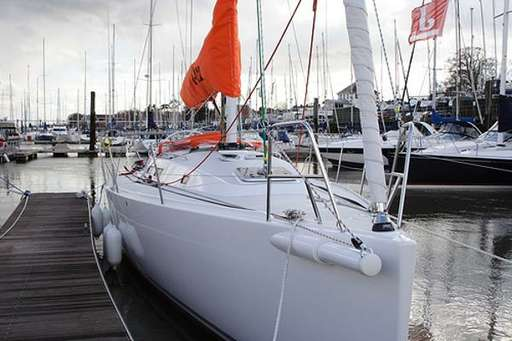 Photographs and images J boats J 122. Photo research boats ...
