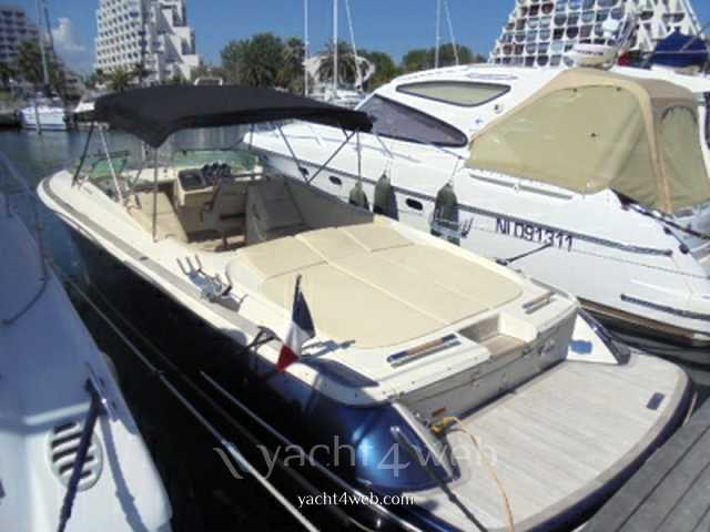 CHRIS CRAFT 32 corsair