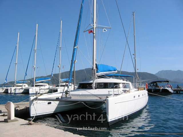 FOUNTAINE PAJOT BELIZE 43