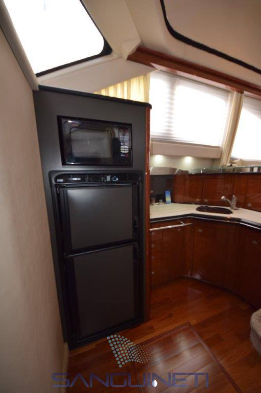 Sea Ray 455 sedan bridge Flybridge