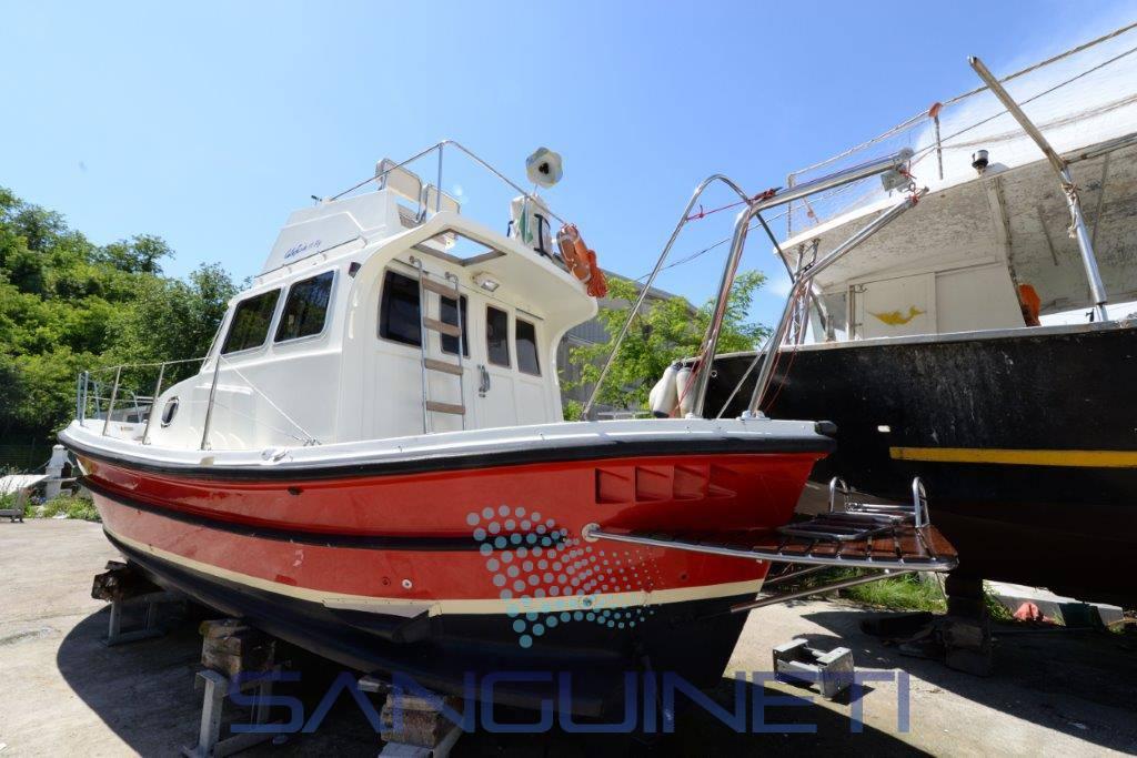 Calafuria 98 Motor boat used for sale