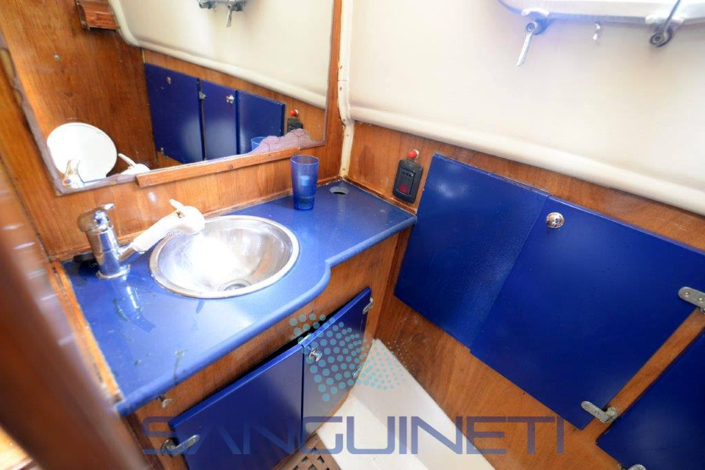 Calafuria 98 motor boat