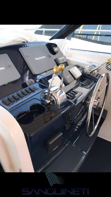 Tiara 4200 barco de motor