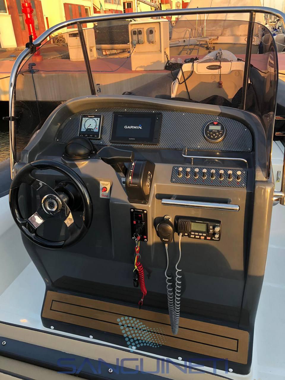 ALMARINE 820s used