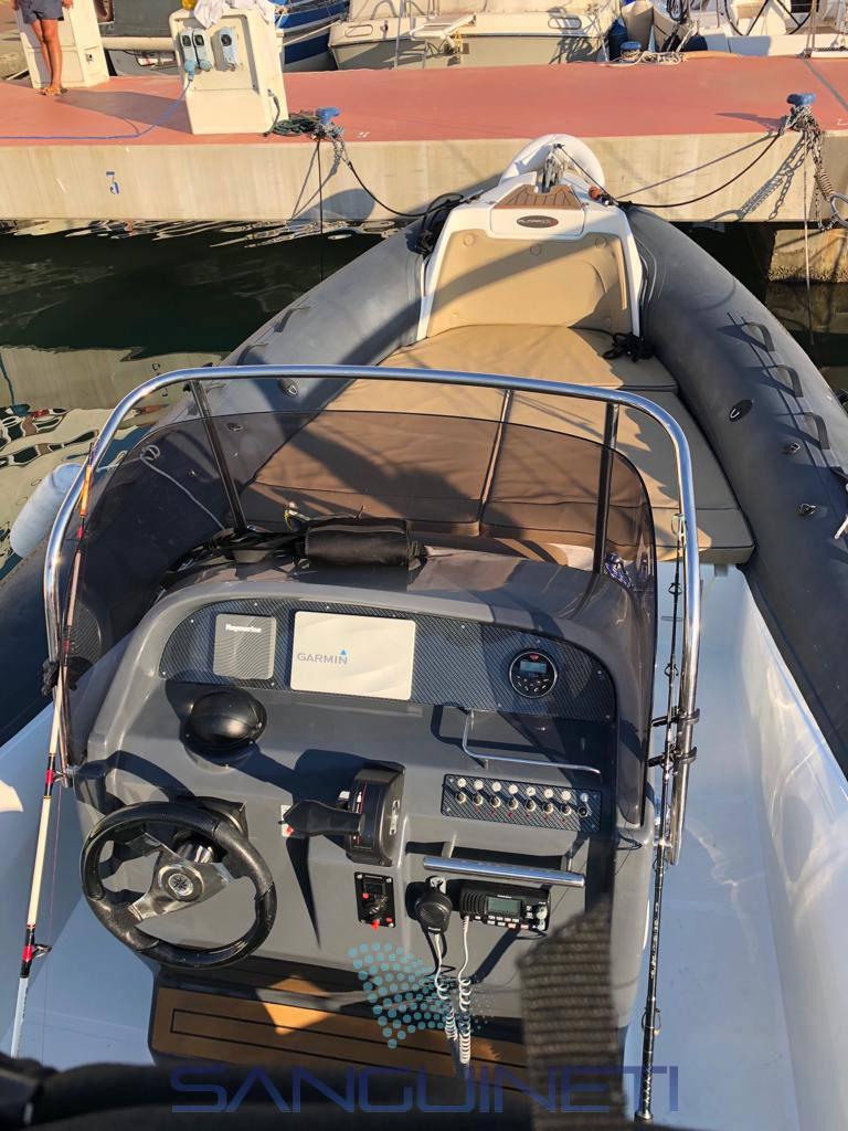 ALMARINE 820s Inflatable used