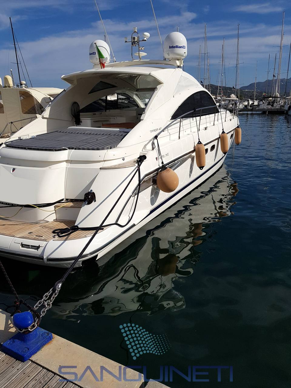 Fairline Targa 47 gt Motor boat used for sale