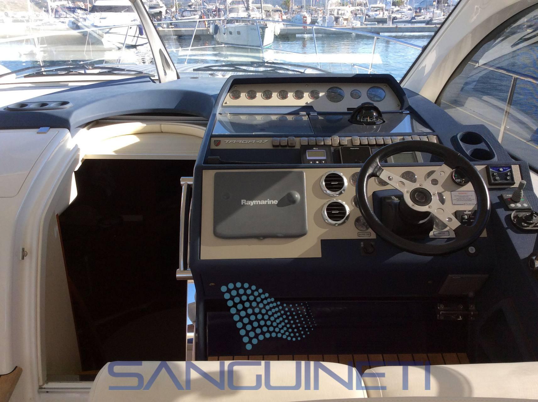Fairline Targa 47 gt motor boat