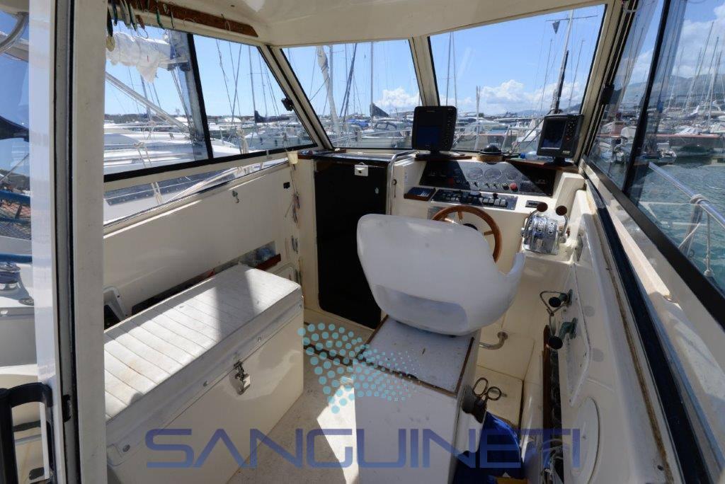 Tuccoli 25 barca a motore