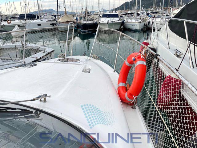 Bavaria Sport 29 Моторная лодка используется для продажи