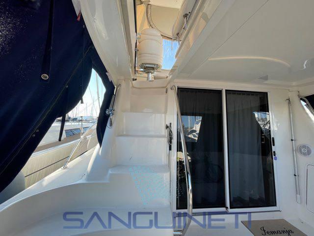 Sea Ray 455 sedan bridge used