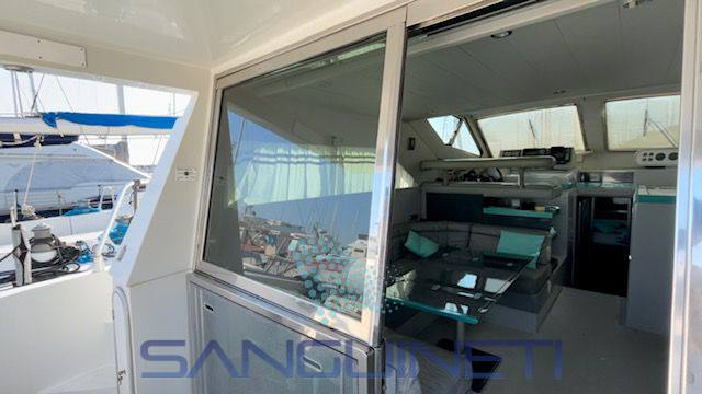 Ferretti 44 barca a motore
