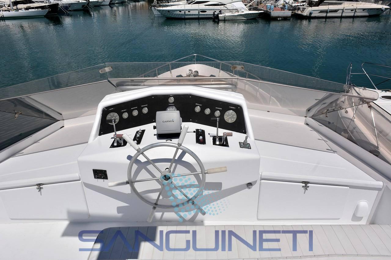Crestitalia Maiora 50 motor boat
