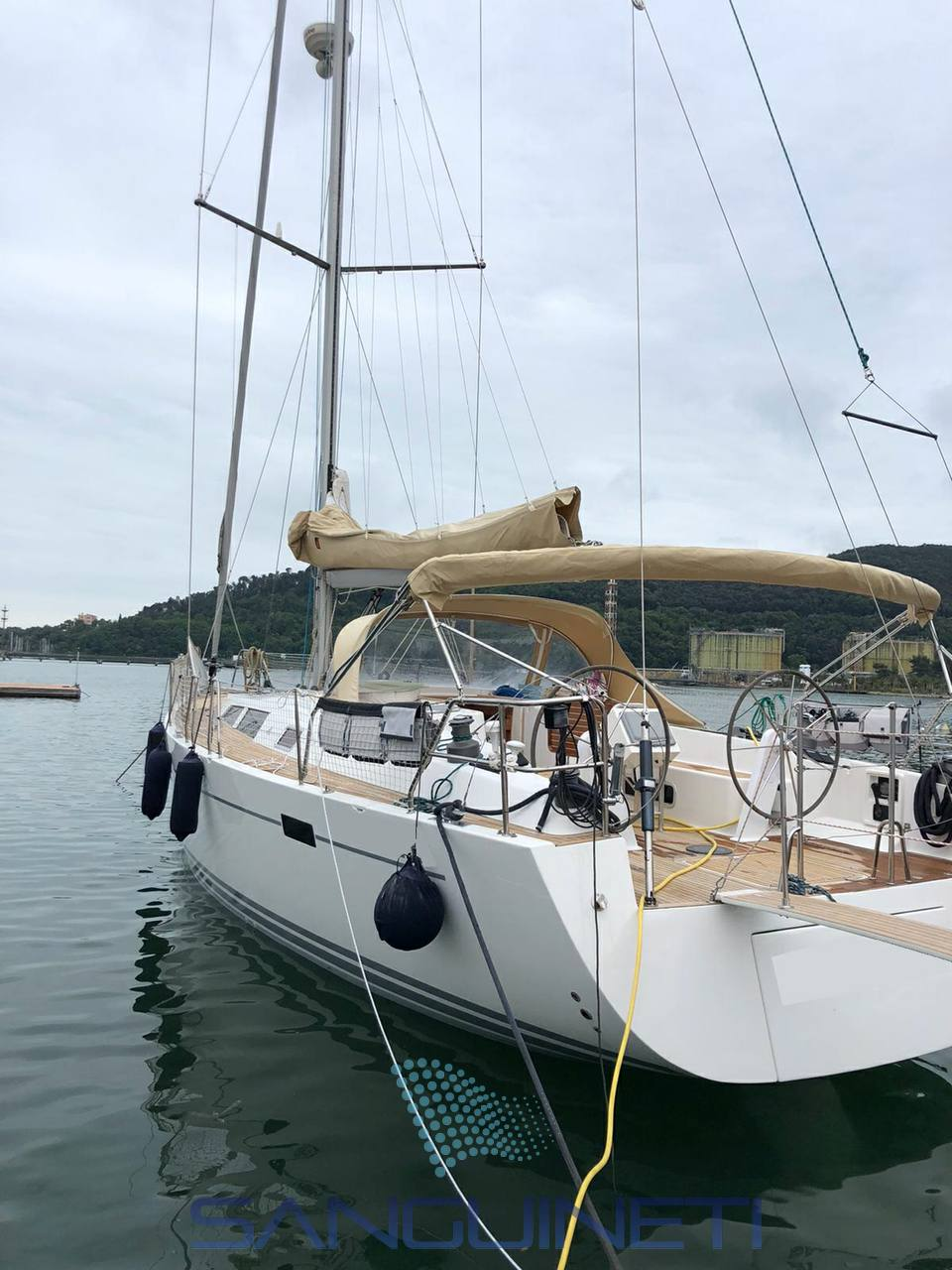 Hanse 470.e Sail cruiser
