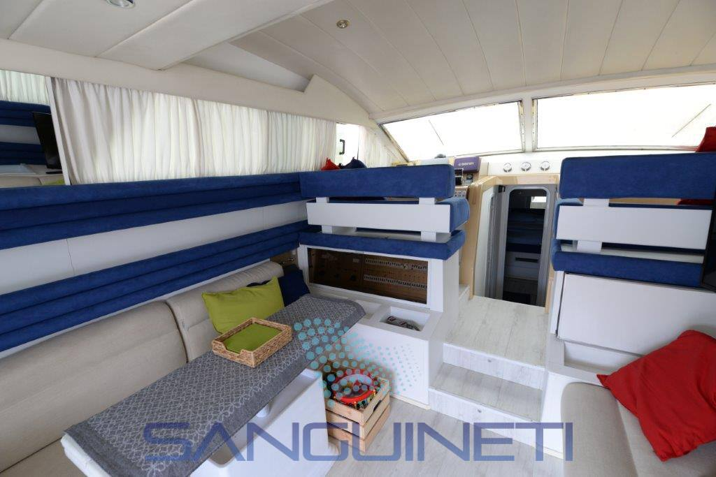 MOCHI CRAFT 44 Motor boat used for sale