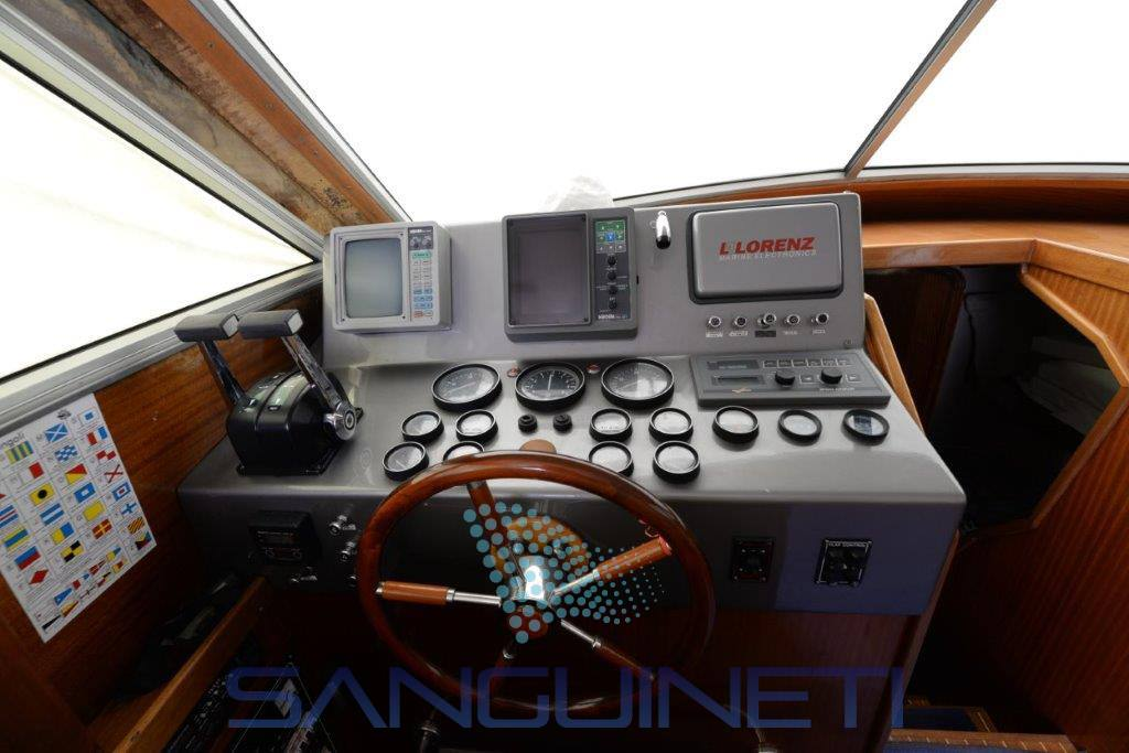 Piantoni Hurricane motor boat
