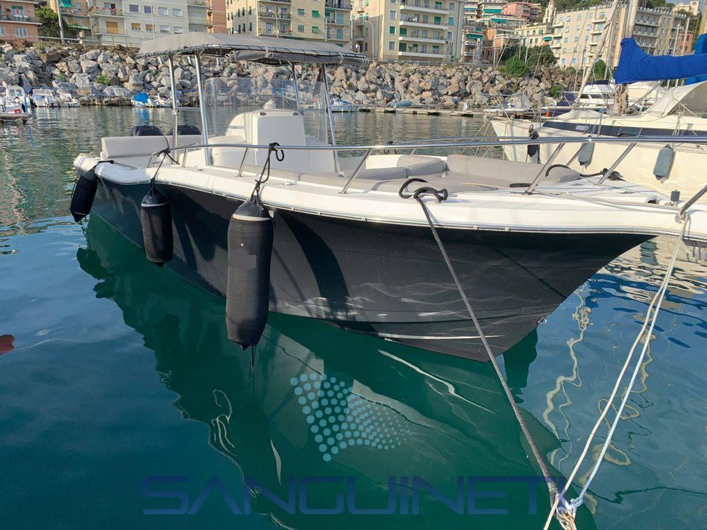 White Shark 285 used