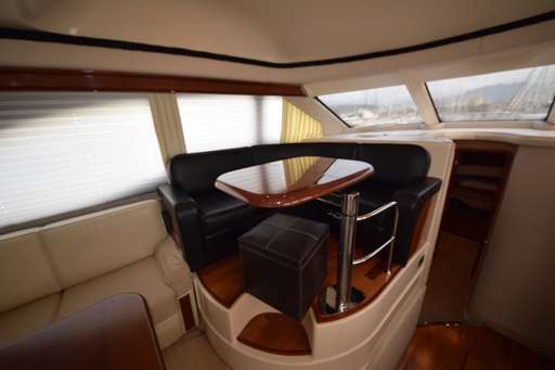 Sea ray Sea ray 455 sedan bridge
