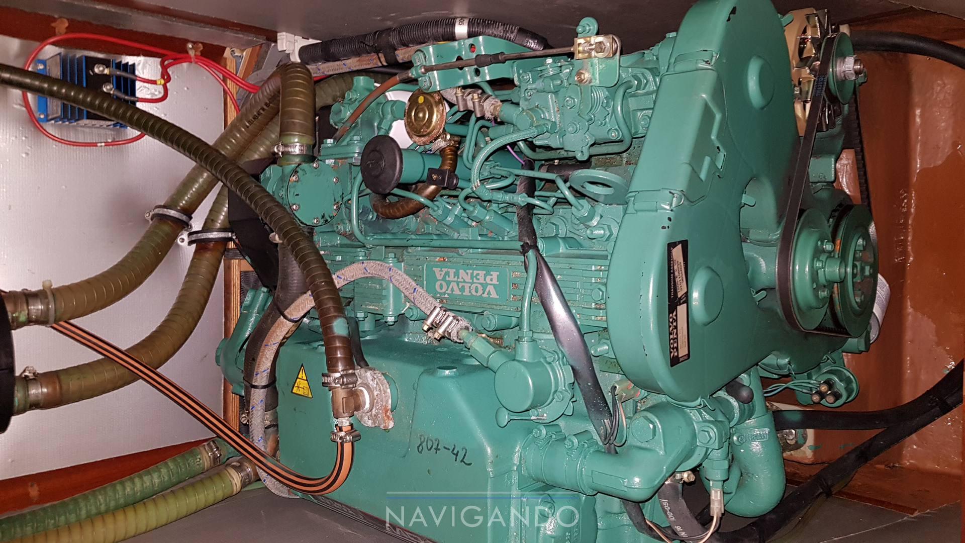 Bavaria 42 Motore