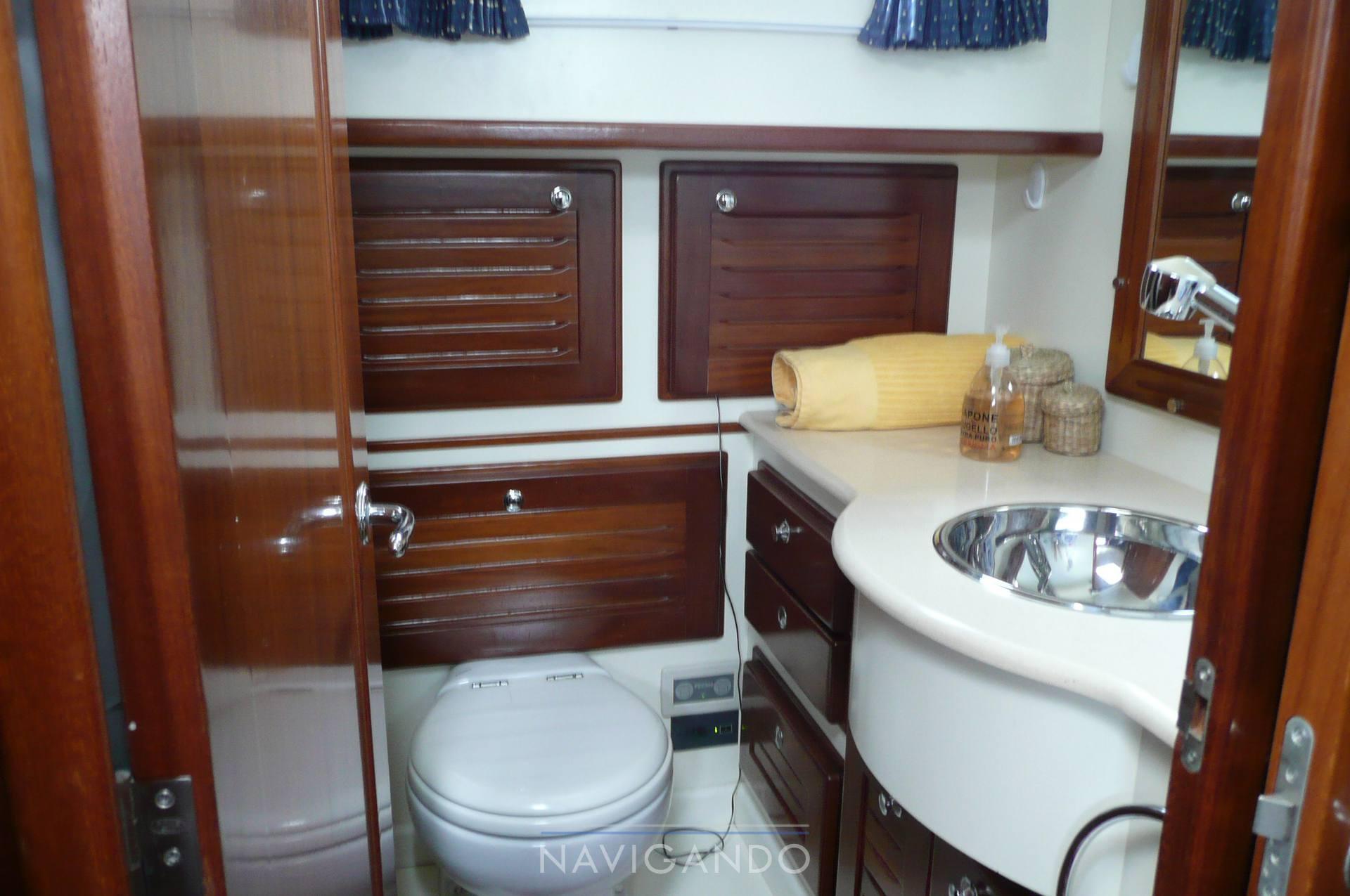 Menorquin 120 t - Fotos Servicio higiénico 1