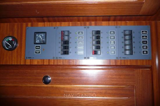 Menorquin 120 t - Fotos Instrumentación 1