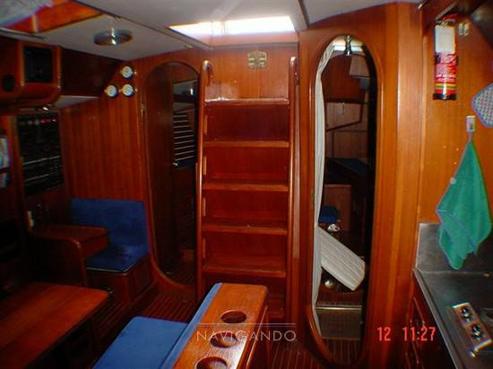Benetti 43 sail Sail cruiser used