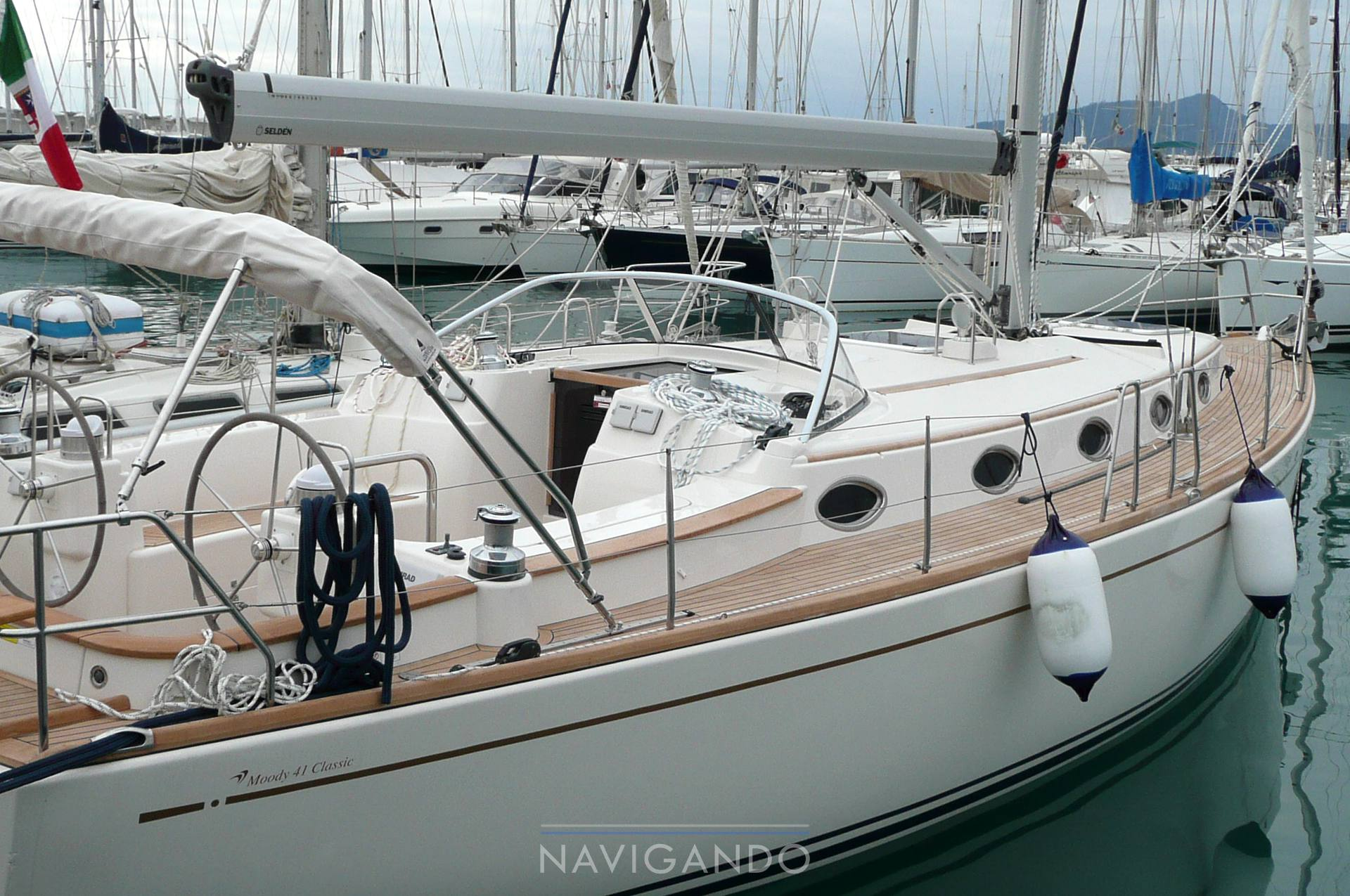 Moody 41 classic Sailing boat used for sale