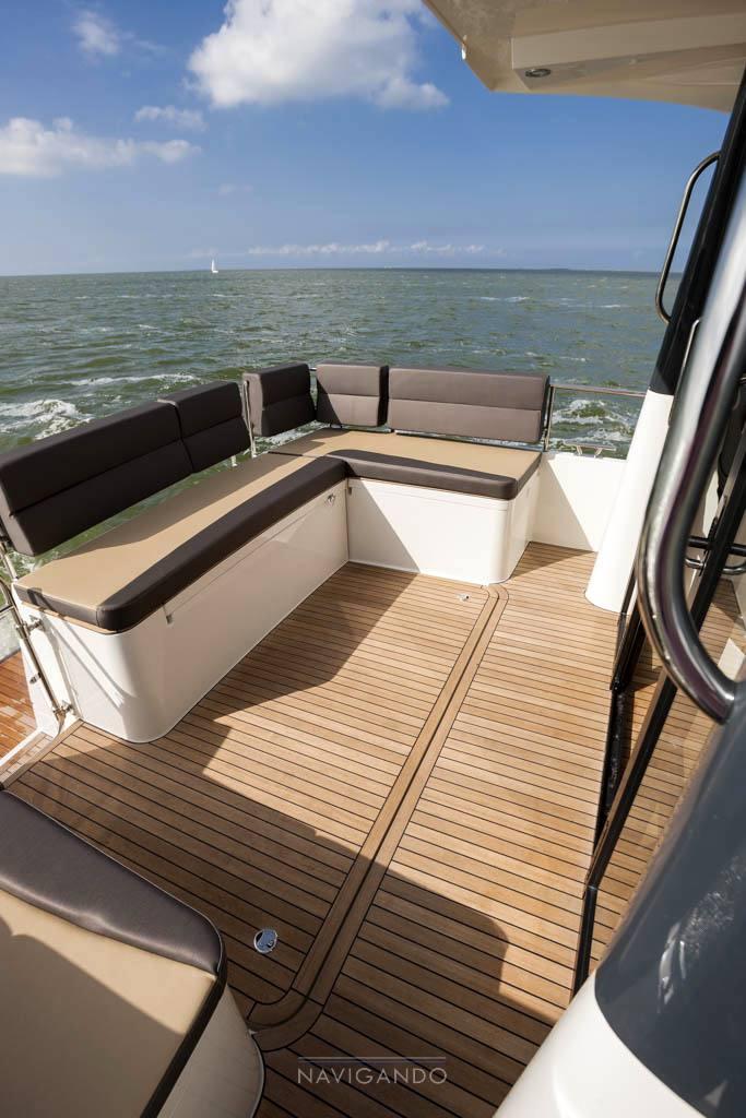Delphia Escape 1100 s barca a motore