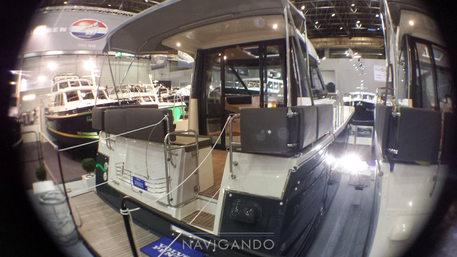 Delphia Escape 1100 s motor boat
