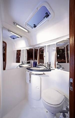 Bavaria 37 cruiser Segelboot gebraucht zum Verkauf