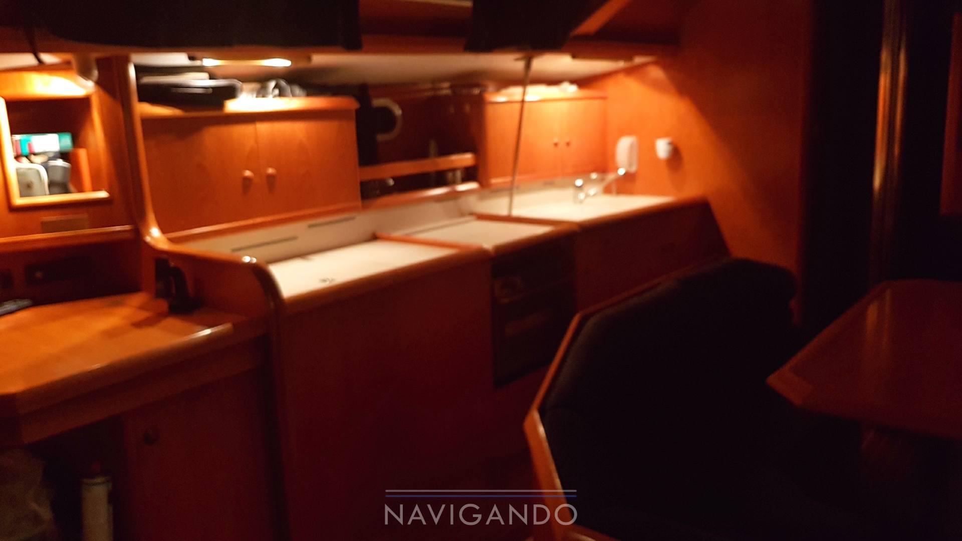 Jeanneau Sun odyssey 42.2 sailing boat