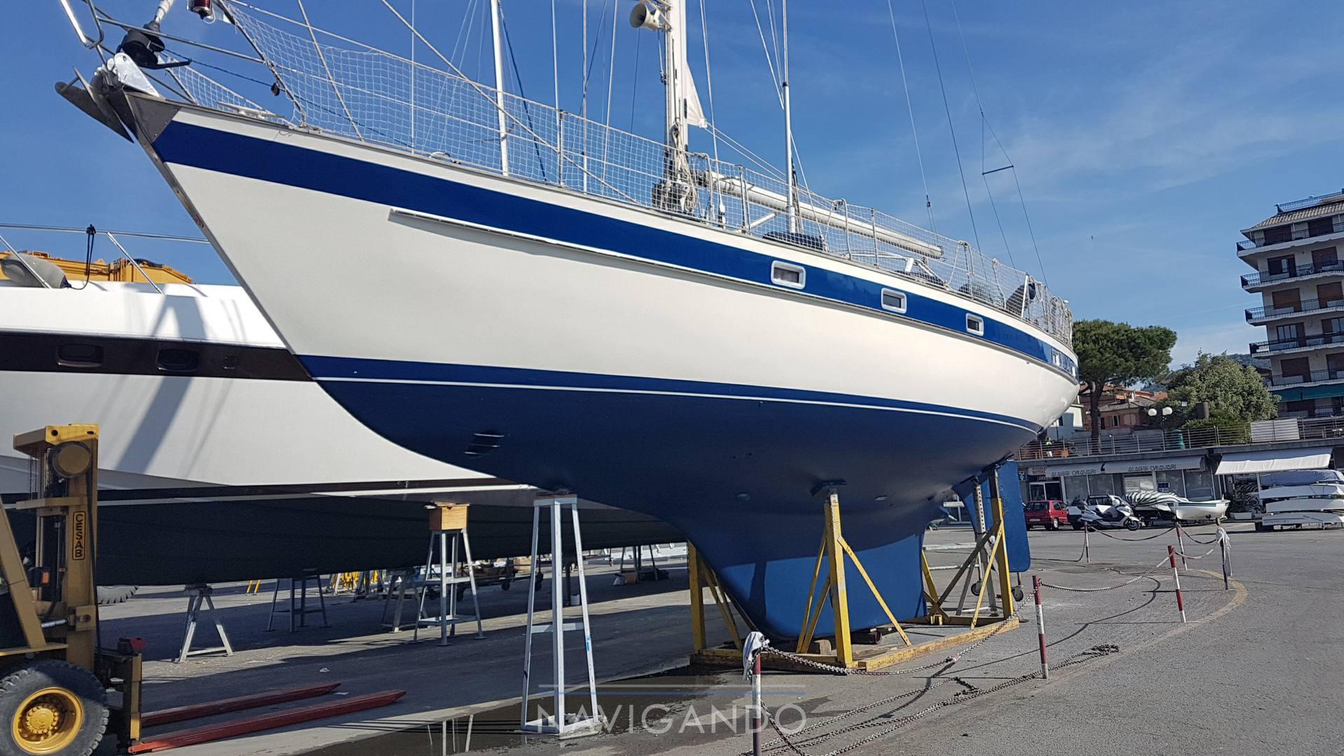 Hallberg Rassy 42 sailing boat