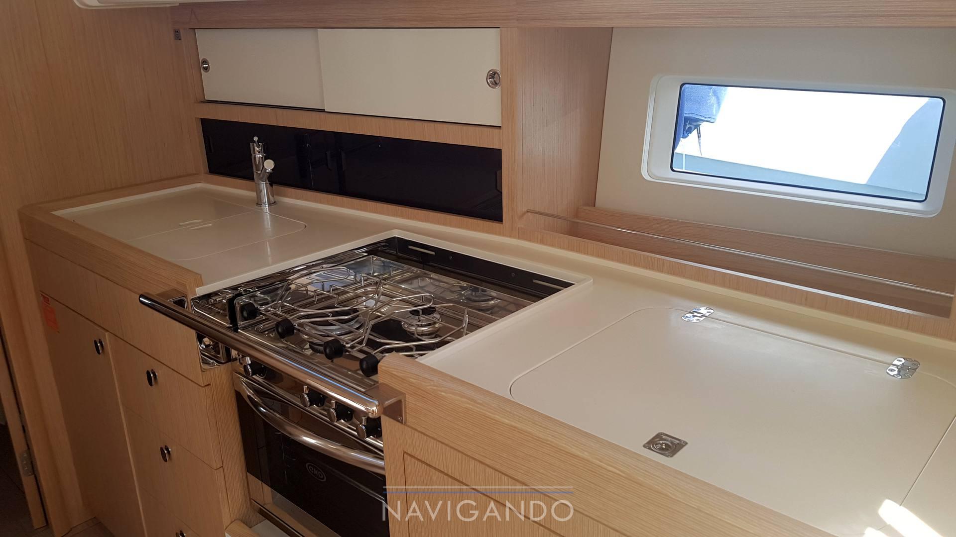 Azurre 41 sailing boat