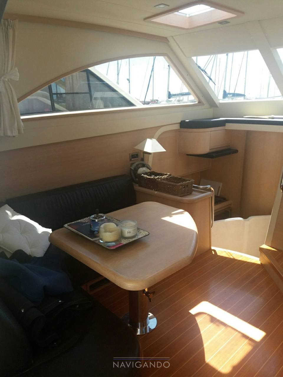Cantieri Estensi 400 goldstar bateau à moteur