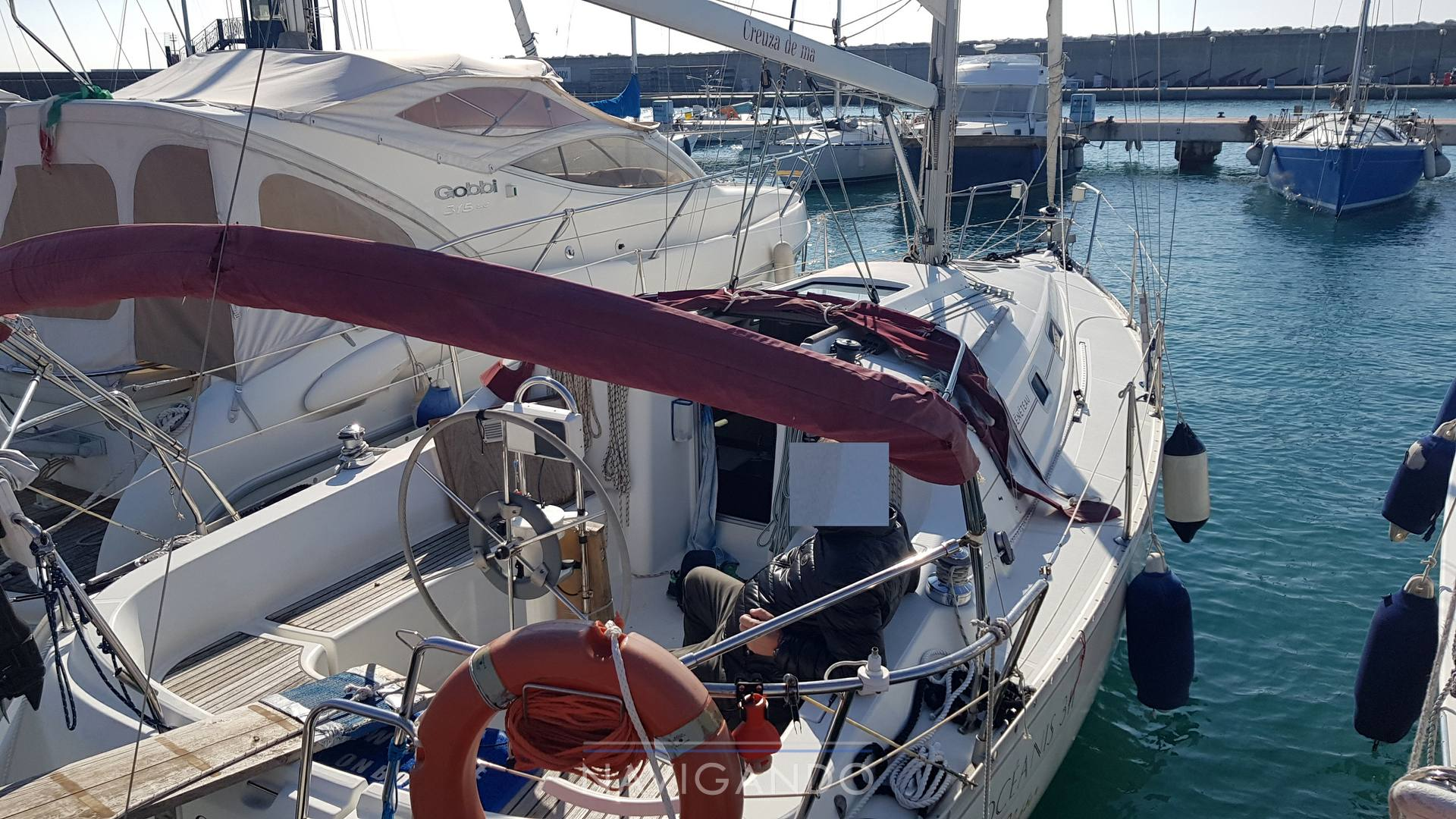 Beneteau Oceanis 311 sailing boat