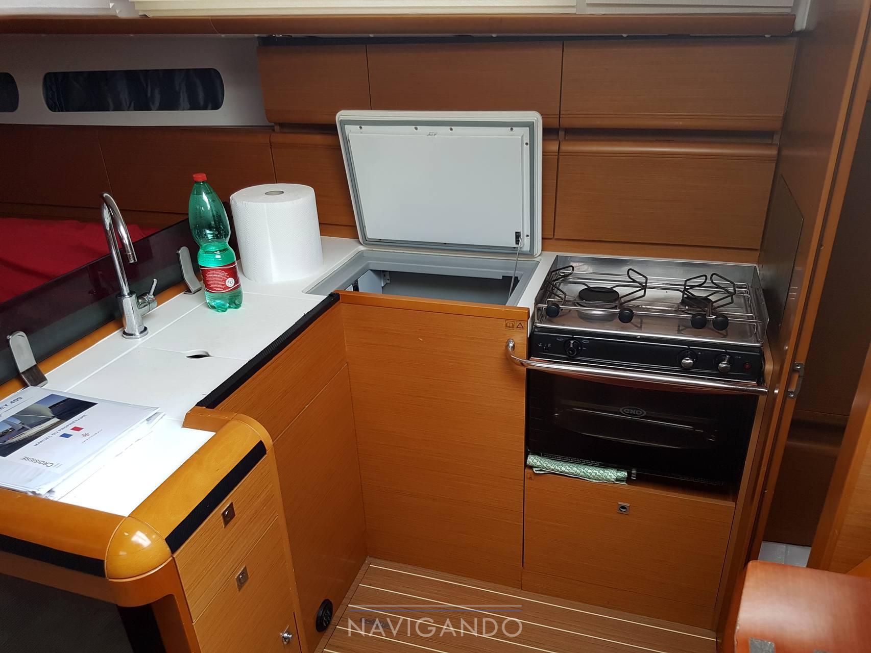 Jeanneau Sun odyssey 409 sailing boat