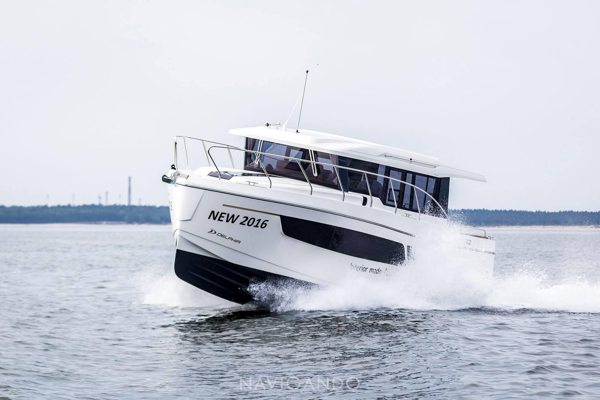Delphia Escape 1150 voyage Trawler usato