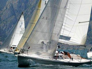 J boat 80