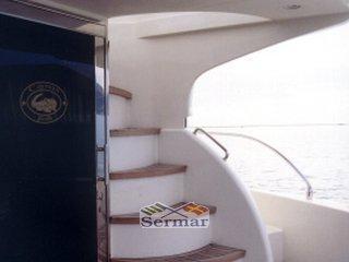 Cantieri Navali del Tirreno Cayman 42 fly