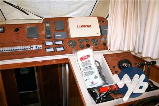 Della Pasqua Dc 10 fly motor boat