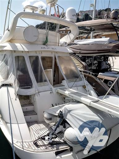 Aicon 56s Motor yacht