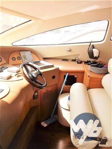 Aicon 56s motor boat