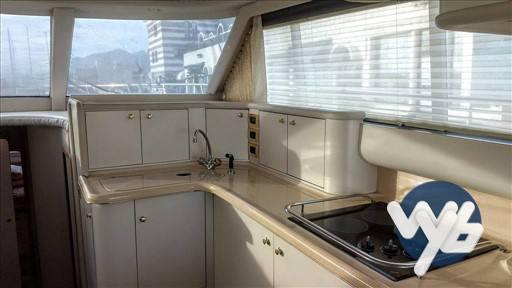 Sea Ray Boats 480 sedan bridge Inside